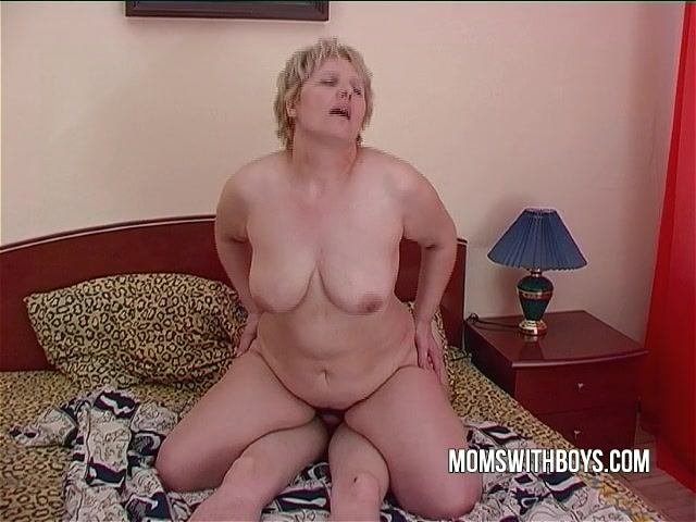 Julia Ann Fucks Sons Friend