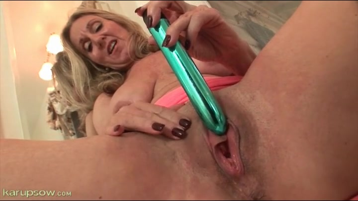 Dripping Wet Pussy Solo Dildo