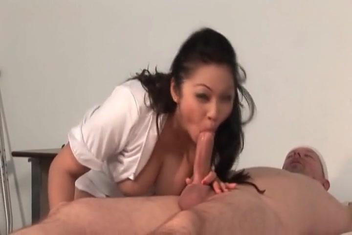 Teen boy sucking dick