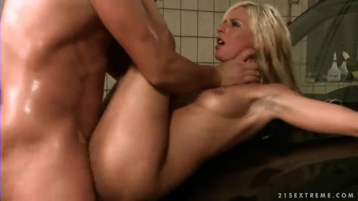 Rough Choke Fuck Blonde