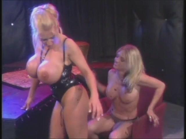 tits Mashing together big