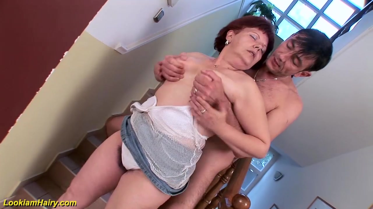 Mature Panties Hairy Pussy