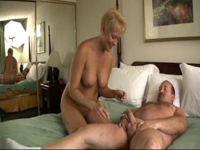 Hardcore Bed Breaking Sex