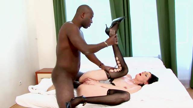 Black man does a number on sexy dame Laura Dark's hot pussy