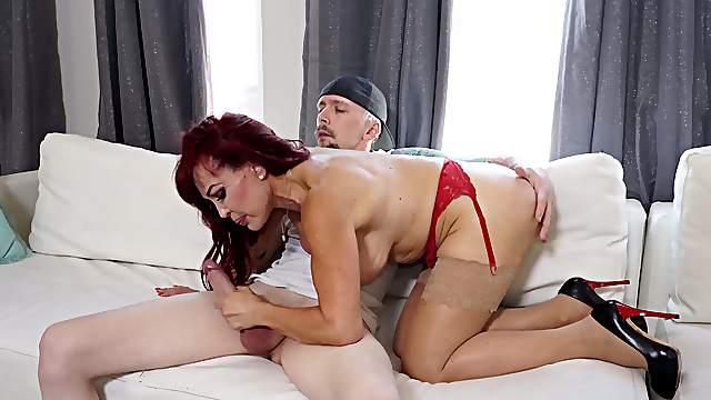 Fine ass mature still acts like she's a 19 yo fuck doll
