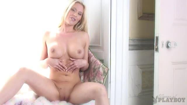 Xvideos hentai lesbian