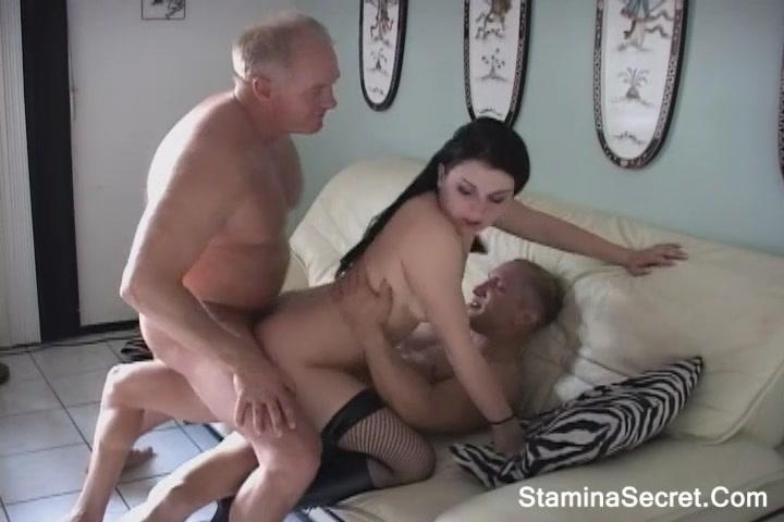 Boyfriend Caught Fucking Mom
